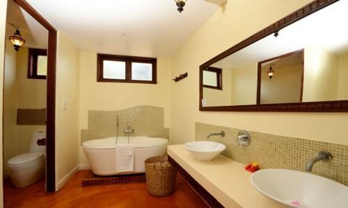 Azanzi Beach Hotel Deluxe Suites
